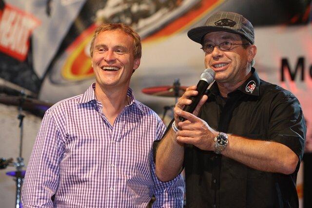 <p>Sachsenring&nbsp;Motorrad GP 2011:&nbsp;Waldmann im Gespräch mit Streckensprecher Thomas Deitenbach zum Treffen der Legenden der letzten 50 Jahre.</p>