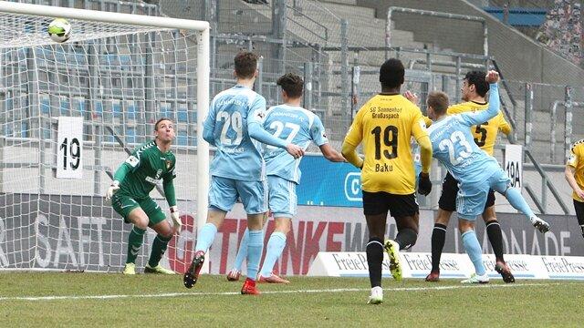 <p>Tor für Chemnitz:&nbsp;Treffer zum 1:1-Ausgleich durch Torschütze Mikko Sumosalo&nbsp;</p>