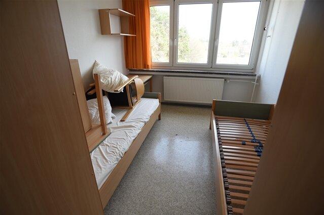 <p>So sahes in denDoppelzimmern im alten Wohnheim aus.</p>