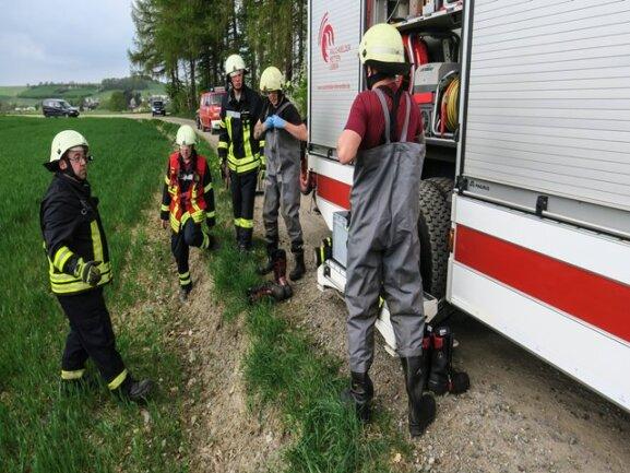 <p>Die Feuerwehr rückte zur Bergung an.</p>