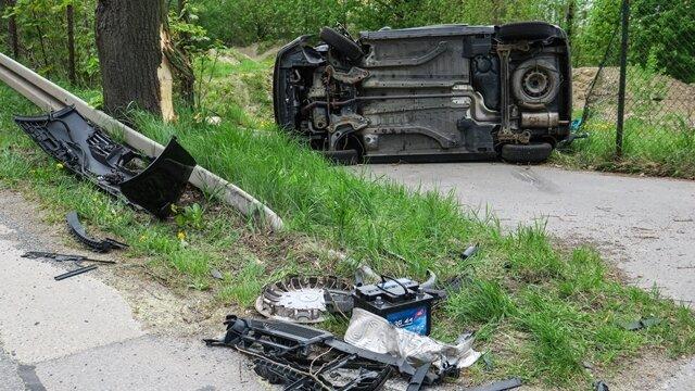 <p>Die B 169 war noch am Nachmittag im Unfallbereich zeitweise voll gesperrt.</p>