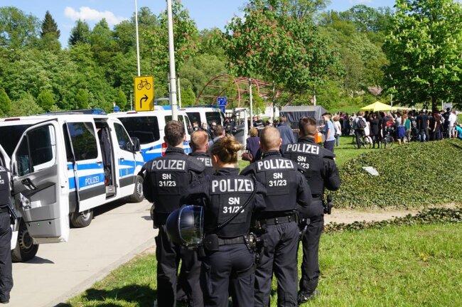 <p>Die Polizei war mit 260 Beamten im Einsatz.</p>