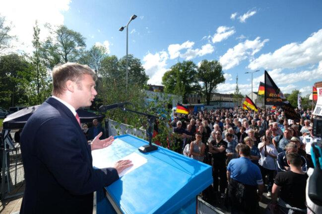 <p>Auch André Poggenburg, Landesvorsitzender der AfD-Sachsen Anhalt, gehörte zu den Rednern.</p>