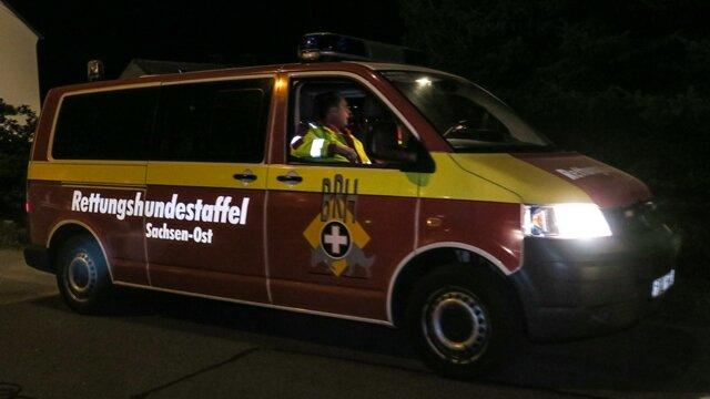 <p>Am Wochenende war mit rund 80 Feuerwehrleuten, Polizeihubschrauber und Fährtensuchhunden nach dem Vermissten gesucht worden.</p>