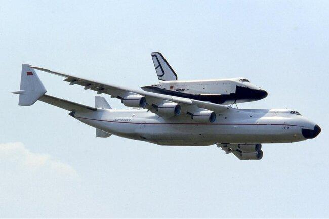 """<p>Da das """"Buran""""-Programm jedoch Anfang der 90er-Jahre aufgegeben wurde, stellte man die An-225 ebenfalls 1994 außer Dienst.</p>"""