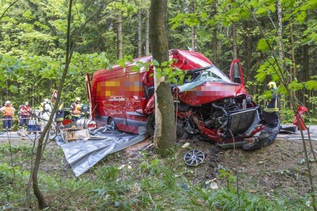 <p>Im Einsatz waren die Freiwilligen Feuerwehren aus Crottendorf, Neudorf, Sehma und Buchholz.</p>