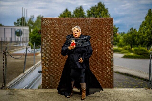 """<p>Reportagefoto/Fotoserie des Jahres: """"Alter ist, was man draus macht"""" von Eric Münch. """"Femme fatale"""":Gisela Warmuth posiert für das Projekt """"Schönheit im Alter"""".</p>"""