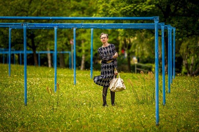 """<p>Reportagefoto/Fotoserie des Jahres: """"Alter ist, was man draus macht"""" von Eric Münch. """"Waiting"""":Elfriede Wittek posiert für das Projekt """"Schönheit im Alter"""".</p>"""