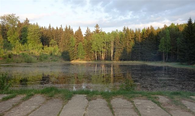 <p>Sonnenuntergang am Taubenteich.</p>