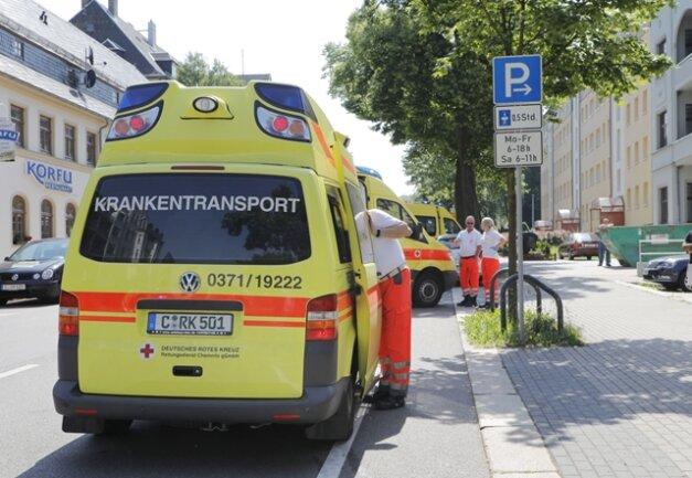 <p>Bei den Verletzten handelte es sich um beide Fahrerinnen sowie eine 53-jährige Beifahrerin des Hyundai.</p>