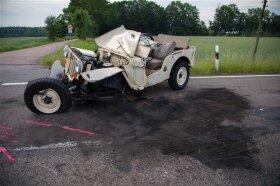 <p>Ein 49-Jähriger wollte mit seinem Jeep US-amerikanischer Bauart, von Memmendorf kommend, links in den Pfarrweg einbiegen.</p>