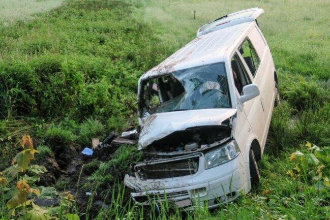 <p>Ein Zeuge wurde auf den Kleintransporter aufmerksam undinformierte daraufhin die Rettungskräfte.</p>