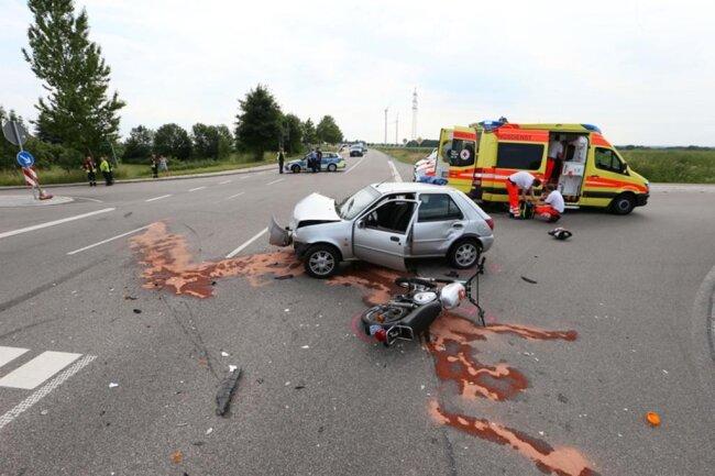 <p>Am Donnerstagnachmittag ist es auf der S 288 Kreuzung Höckendorf und der Meeraner Straße in Glauchau erneut zu einem schweren Verkehrsunfall gekommen.</p>