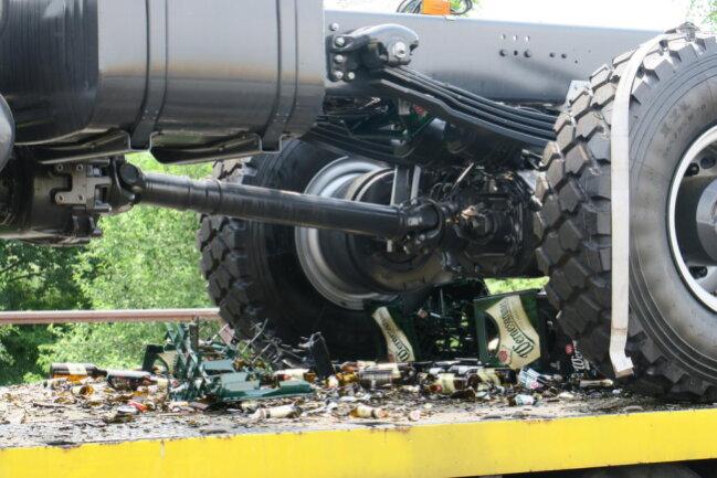 <p>Verletzt wurde ersten Angaben zufolge niemand bei dem Unfall.</p>  <p></p>