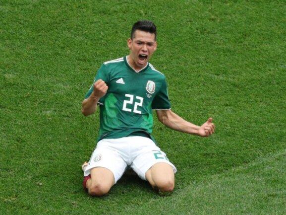 <b>Kniefall</b><br/>Mexikos Hirving Lozano feiert seinen Treffer beim 1:0-Sieg gegen Weltmeister Deutschland. Foto: Christian Charisius<br/>17.06.2018 (dpa)