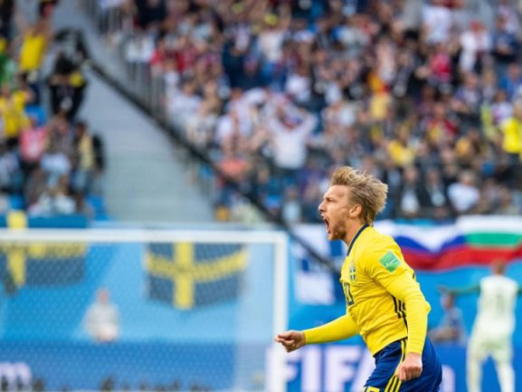 <b>Jubelschrei</b><br/>Emil Forsberg bejubelt sein Tor zum 1:0 für Schweden in der 66. Spielminute. Die Skandinavier können die Führung bis zum Abpfiff halten. Foto: Petter Arvidson/Bildbyran via ZUMA Press<br/>03.07.2018 (dpa)