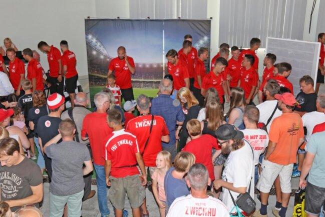 <p>Im Auftaktspiel gegen den Halleschen FC am 28. Juli soll ein Sieg her.</p>  <p>Es folgen weitere Bilder.&nbsp;</p>