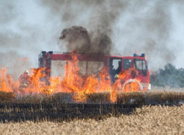 <p>Ebenfalls auf dieser Seite brannte es in nahe der Deponie.</p>