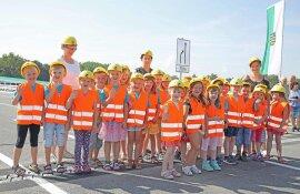 """<p>Die Kinder aus dem Ruppertsgrüner """"Kinderland"""" hatten für die Westtrassen-Freigabe Lieder einstudiert.</p>"""