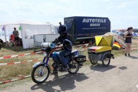 """<p>Der Veranstalter, die Firma WB-Project, rechnet in diesem Jahr mit einem Teilnehmerrekord. 3700 Mopeds waren im vergangenen Jahr dabei. """"Es gibt so viele Voranmeldungen wie noch nie"""", freut sich Dominic Würfel von WB-Project.</p>"""