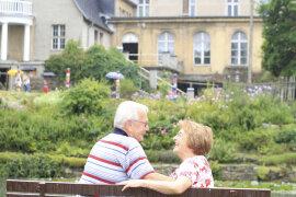<p>Beate und Wolfgang Donat kamen aus Aue, um sich das idyllische Rittergut im Elsterberger Ortsteil Kleingera im westlichen Vogtland anzusehen.</p>