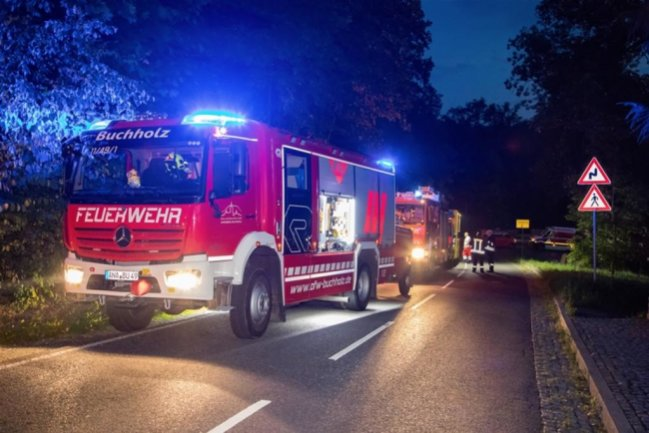<p>Neben den Freiwilligen Feuerwehren aus Streckenwalde, Wolkenstein und Schönbrunn war auch der Bergbau- und Höhenrettungszug der Stadt Annaberg-Buchholz im Einsatz.</p>