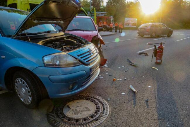 <p>Zum Unfallhergang und zur Schadenshöhe können noch keine Angaben gemacht werden.</p>