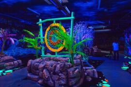 <p>Die Anlage im alten Sportpark ist als Fantasiewelt konzipiert und soll an Pandora erinnern, den fiktiven Planeten aus dem Film Avatar.</p>