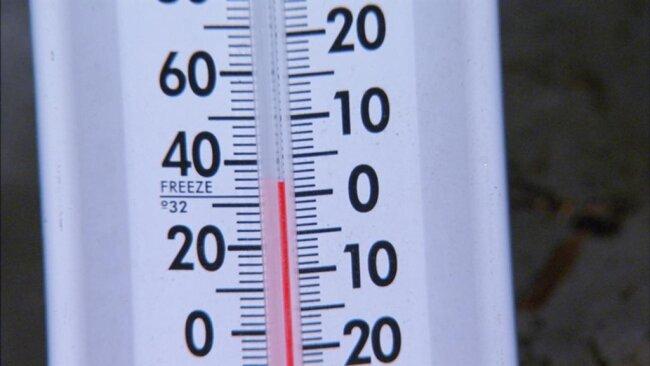 <p>Draußen ist es 30 Grad heißer.</p>