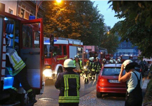 <p>Die Feuerwehren Oberlungwitz, Hohenstein-Ernstthal und Wüstenbrand waren bei den Löscharbeiten dabei.</p>