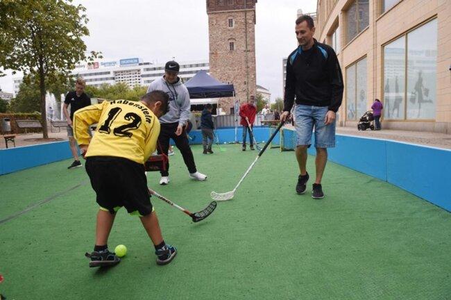 <p>Hockey - hier konnte man es testen.</p>