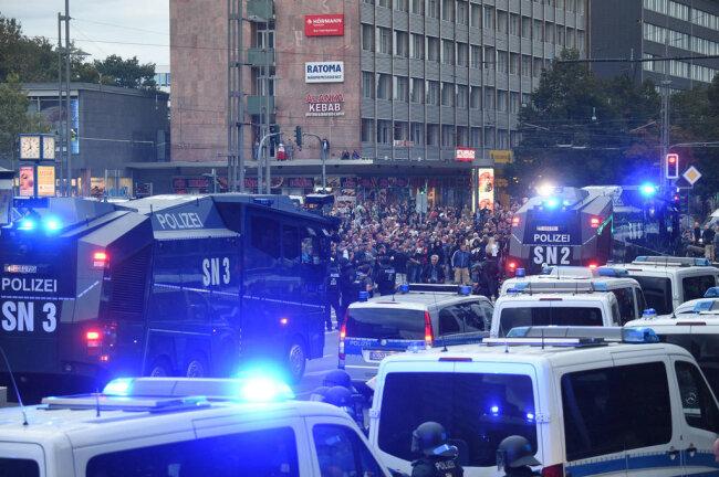 """<p>Ein Polizeisprecher bestätigteam Montagabend: """"Wir waren mit zu wenig Beamten da.""""</p>"""