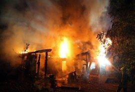 <p>Das Feuer brach in der Anlage Käpplerreiche gegen 2.15 Uhr aus.</p>