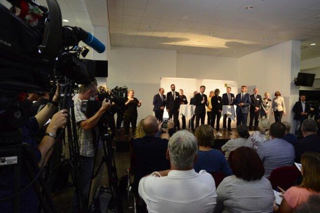 <p>Vertreter der Staatsregierung sprachen am Donnerstag vor und mit Bürgern aus Chemnitz.</p>