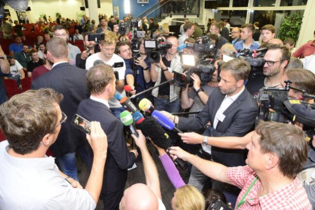 <p>Mehr als 100 Medienvertreter berichteten über die Veranstaltung.</p>