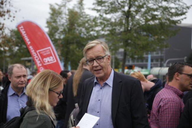 """<p>Dietmar Bartsch (Foto), Linke-Fraktionschef im <a class=""""internal-article-link"""" href=""""https://www.freiepresse.de/thema/Bundestag"""" title=""""Nachrichten zu: Bundestag"""">Bundestag</a>, erklärte: """"Auch als Linker sage ich: Ja, wir müssen den bürgerlichen Rechtsstaat verteidigen. Angesichts der Ereignisse der letzten Tage bin ich da hier in Sachsen nicht nur zuversichtlich. Aber ich gehe davon aus, dass die notwendigen Lehren gezogen worden sind.""""</p>  <p></p>"""