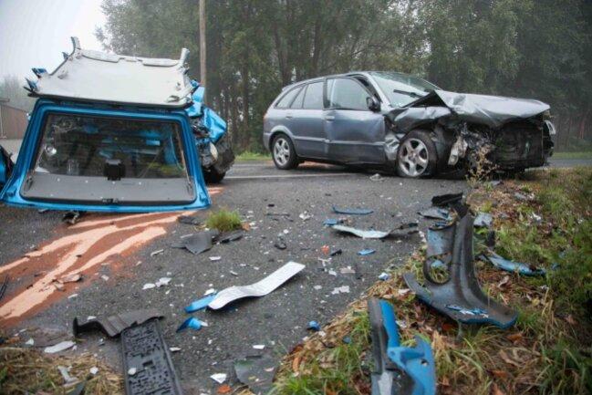 <p>An den beiden Autos entstand Sachschaden in Höhe von insgesamt zirka12.000 Euro.</p>