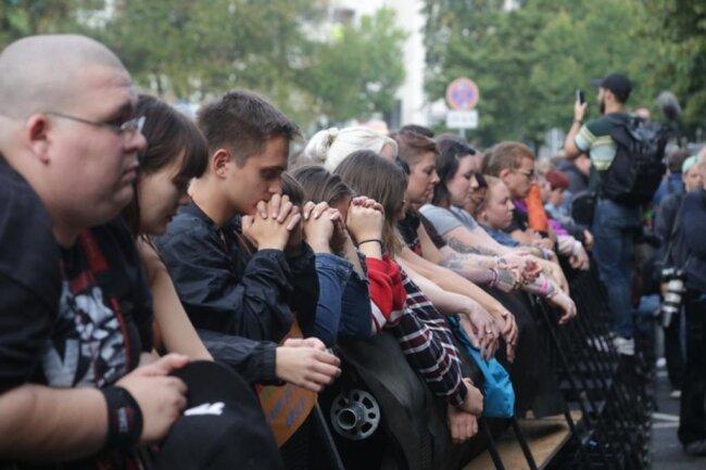 <p>Die Konzerte begannen mit einer Schweigeminute für den getöteten Daniel H.</p>