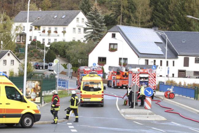 """<p>Die Feuerwehr habe den Brand als """"hoch"""" eingestuft.</p>"""