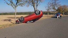 <p>Ersten Angaben zufolge wurde der Fahrer verletzt.</p>