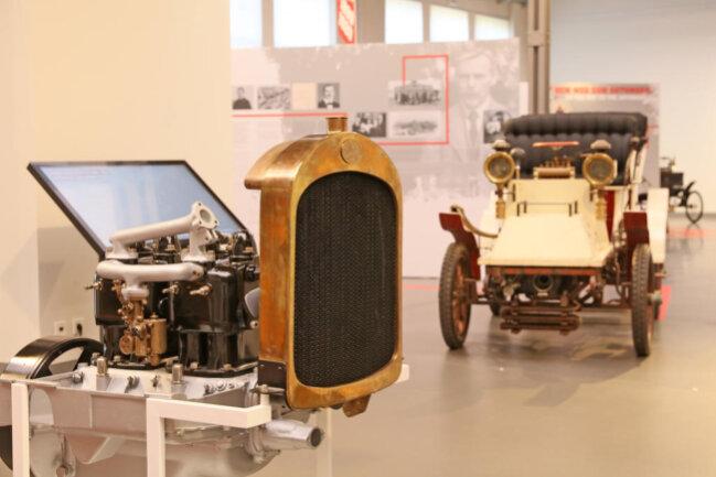 <p>Zwar wisse man viel über die Autos, die der Kraftfahrzeug-Pionier entwickelt habe.</p>