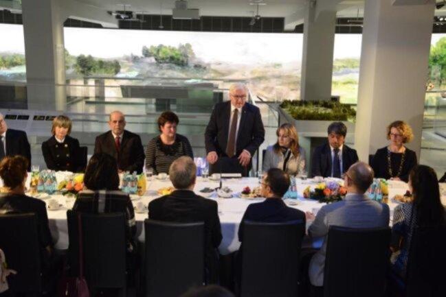 """<p><span class=""""img-info"""">Es war Steinmeiers erster Besuch in Chemnitz in seinem jetzigen Amt. </span></p>"""