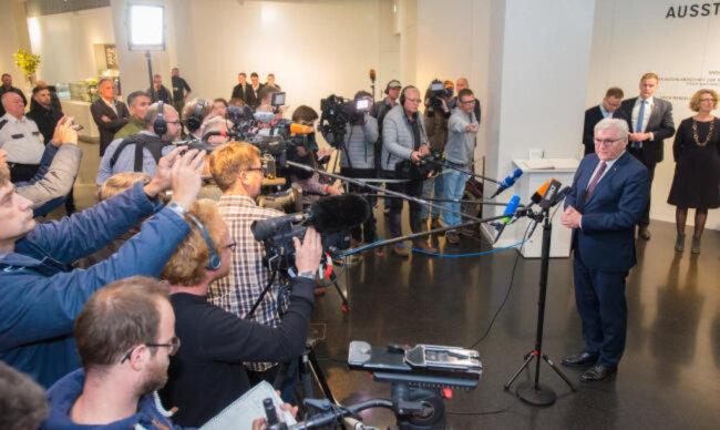 """<p><span class=""""img-info"""">Der Bundespräsident vor Medienvertretern im Smac.</span></p>"""