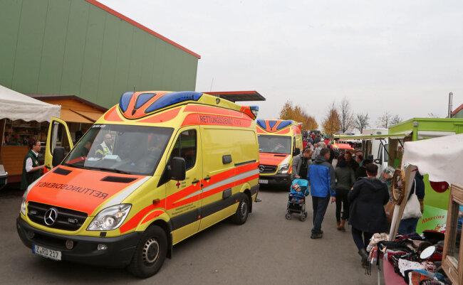 <p>Ein weiterer Verletzter wurde per Rettungswagen ins Krankenhaus gebracht.</p>