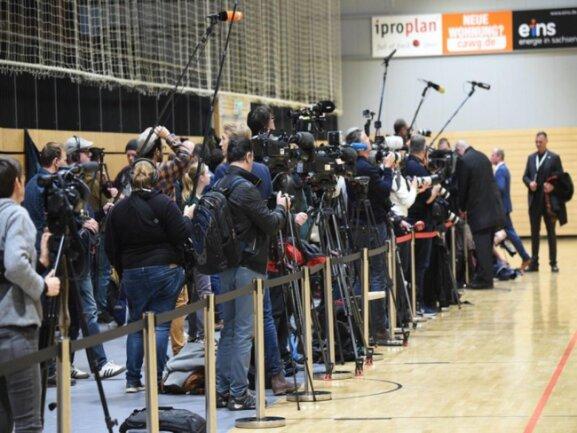 <p>Mehr als 200 Medienvertreter waren wegen des Besuchs der Kanzlerin in Chemnitz.</p>
