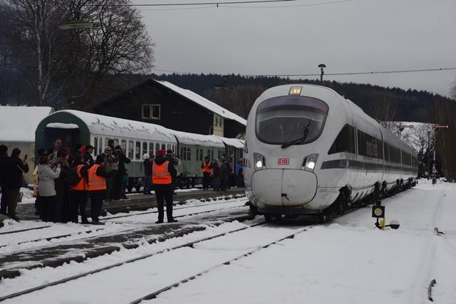 <p>... am Nachmittag machte er im Bahnhof Schlettau Halt.</p>