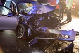 <p>Laut Polizei geriet ein 40-Jähriger mit seinem Mazda auf der Hauptstraße in Richtung Reinsberg auf die Gegenfahrbahn und kollidierte mit einem VW.</p>