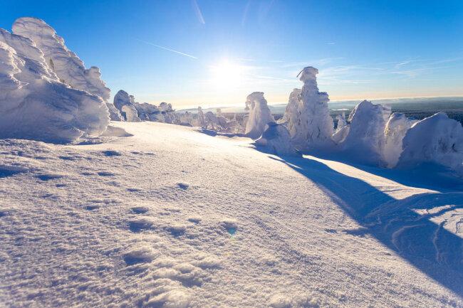 <p>Und auch in anderen Gebieten im Erzgebirge hat sich die Lage entspannt und der Wintersport kann beginnen.</p>