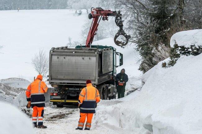 <p>in einen Verwertungsbetrieb im Landkreis Meißen transportiert.</p>
