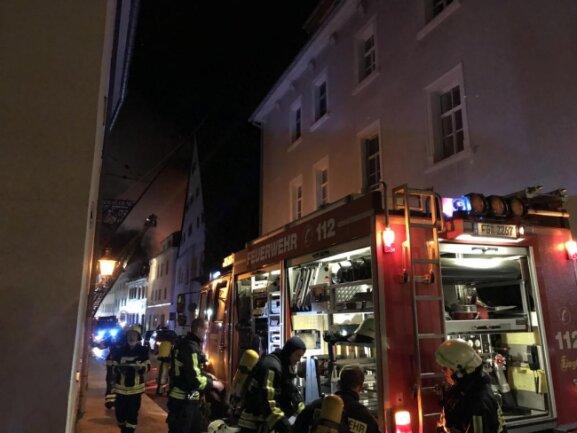 <p>Es folgen weitere Bilder vom Brandort.</p>